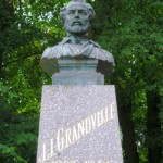 grandvillebuste-150x150