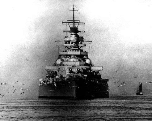 Bismarck au 1/200° de Hachette  - Page 3 Bismarck